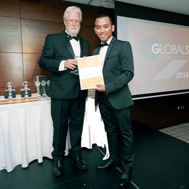 Penyedia Homecare Insan Medika mendapatkan Penghargaan The Global Awards 2016 Insan Medika